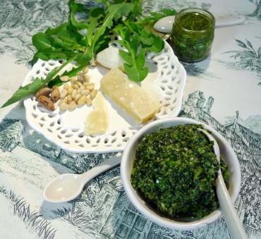 Pesto printanier à l'huile d'olive au piment d'Espelette