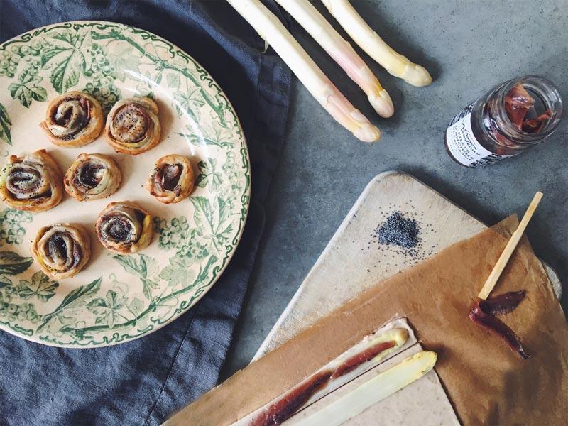 Feuilletés d'asperge blanche et anchois